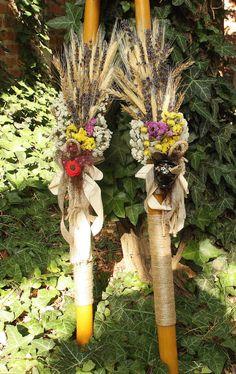 LUMANARI DE CEARA NATURALA 07 Clay Pot Crafts, Diy Clay, Clay Pots, Christening, Ladder Decor, Bouquet, Candles, Traditional, Easter Candle