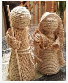 Creative Ideas and Practices: A rope nativity scene and jute burlap of the most . Burlap Crafts, Christmas Projects, Holiday Crafts, Christmas Nativity Scene, Nativity Crafts, Nativity Scenes, Sisal, Rustic Christmas, Country Christmas Ornaments