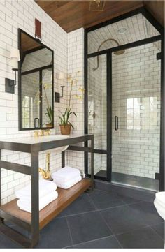 The most interesting about having a modern bathroom is on its simplicity without losing its function. Here, we want to share with you 10 modern bathroom design ideas which will inspire to remodel your old-fashioned bathroom. Jack And Jill Bathroom, Wet Rooms, Beautiful Bathrooms, Bathroom Inspiration, Bathroom Ideas, Bathroom Designs, Shower Ideas, Budget Bathroom, Hotel Bathroom Design