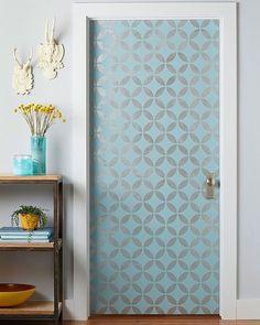 Shared by pocket_decor #homedesign #contratahotel (o) http://ift.tt/2gigRyp que nao papel de parede nas portas? Nós adoramos! #pocket_decor #papeldeparede #portas #inspiração #diy #wallpaper #inspiration #homedecor  #decor #decoração