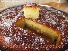 Revani Tarifi +Gerçek revani – Vegan yemek tarifleri – The Most Practical and Easy Recipes East Dessert Recipes, Snack Recipes, Cooking Recipes, Afghan Food Recipes, Mousse Au Chocolat Torte, Turkish Sweets, Turkish Recipes, Bakery, Food And Drink