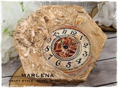 Szkatułka Vintage wykonana techniką Decoupage | CRAFT STYLE - blog Style Blog, Wood Watch, Decoupage, Crafts, Vintage, Food, Wooden Clock, Manualidades, Essen