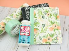A DIY journal can be super stylish! Plus, it's a great option when a fancy designer journal isn't in the budget. I'll show you how to completely transform an ordinary composition notebook! Altered Composition Notebooks, Composition Notebook Covers, Diy Notebook Cover, Notebook Ideas, Notebook Design, Book Journal, Bullet Journal, Journal Covers, Journal Layout