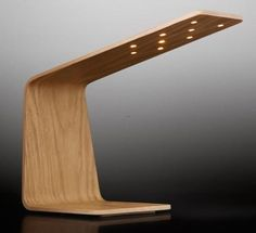 Marvelous Modern Wooden Table Lamp   The Finnish Designer Mikko Kärkkäinen Designed  For The Light Tunto. The Form Language Is Very Clear And Geometric. Nice Look