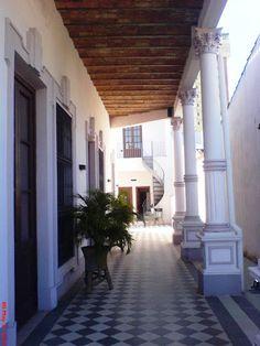 Arquitectura Paraguaya _ Villas en Asunción Paraguay.- Villa Lina   Educando para el Futuro