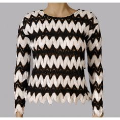 Be on trend this season with this monochrome long sleeved top http://youblue.co/monochrome-long-sleeved-top.html