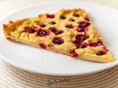 Tarta jaglano-kukurydziana z czerwonymi porzeczkami ⋆ AgaMaSmaka - żyj i jedz zdrowo! Waffles, Pie, Breakfast, Food Ideas, Pies, Pastries, Torte, Pastel, Tart