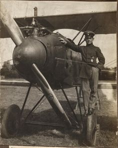 Max von Müller, a locksmith from Rottenburg, Bavaria's best fighter pilot by his Albotros biplane.