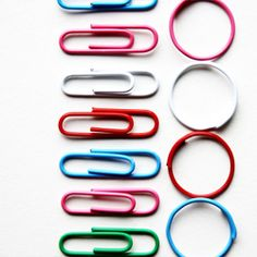 Need a quick DIY fix? Try these paperclip rings! (via Morning Creativity)