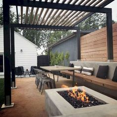 Are you looking for modern patio design ideas? If you do, then keep on reading! This article will give you recommended modern patio designs and patio paver design ideas which you can apply to your patio. For those who are not familiar, the patio is. Small Backyard Patio, Backyard Patio Designs, Patio Ideas, Landscaping Ideas, Backyard Games, Narrow Backyard Ideas, Mulch Ideas, Rooftop Patio, Small Backyard Design