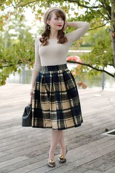 #plaid #neutral #beret #separates #workwear #fall