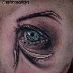 #tbt Custom piece I did a few years ago at @lastritestattoo in NYC , is flattering to see so many tattoos been influenced by this lil puppy #dontcopyit #dontripitoff #inspiration #realistictattoos #eye #osiris #ra #stefano #stefanoalcantara #lastritestattoo #travelingartist #throughbackthursday