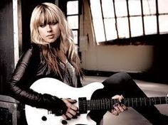 Orianthi - the girl can play guitar!