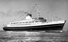 Andrea Doria, John F Kennedy, Shipwreck, Battleship, Vintage Travel, Sailing Ships, Boats, Around The Worlds, Ocean