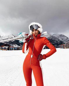 Women, skiwear: top brands of 2019 – nomadbubbles – ropa esqui – … – winter girl Ski Style, Mode Au Ski, Ski Vintage, Apres Ski Outfits, Ski Bunnies, Ski Girl, Outfits Mujer, Snow Outfit, Snow Fashion