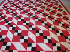 Jacobs Ladder Red Black White Quilt. Love this! Maybe with black, white  mint