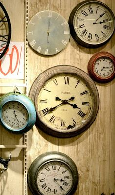 Vintage clock's. Fashion retro home decorative wall clock. Contact us: CJQ057989911607@outlook.com.