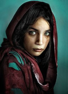 """Rated one of the World's Most Famous Photos """"Afghan Girl"""", shot by National Geographic photographer Steve McCurry. Description from pinterest.com. I searched for this on bing.com/images"""