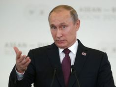 MOSCOW — President Vladimir Putin's government is tightening the noose on free speech more and more in Russia by intimidating and forcing out independent journalists critical of the Kremlin, the journalists and media watchdogs allege.