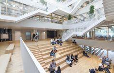 Räume in der Kiste - Unigebäude von Paul de Ruiter in Rotterdam