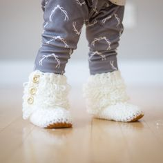 """See how I crocheted these beautiful loop boots and made them non-slip by adding a suede sole!  Design by """"Two Girls Patterns""""."""