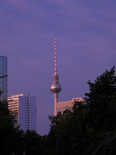 Berlin_blu sky