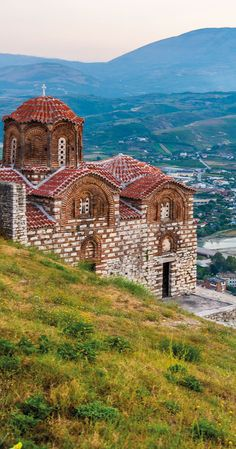This is the cutest city of Albania - have you even heard of it? - - This is the cutest city of Albania – have you even heard of it? Albania travel View from Berat Castle albania Albania Beach, Albania Travel, Visit Albania, Montenegro, Places To See, Places To Travel, Travel Destinations, Saint Marin, Bósnia E Herzegovina