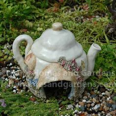 Teapot Toad House
