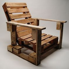 Art recycled wood pallet into a chair - I may end up with a complete patio furnished with repurposed wood pallets upcycled