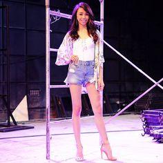 Filipino Girl, Filipina Actress, Lucky 7, Star Magic, Arab Fashion, Acting Career, Talent Show, Debut Album, Kimono Top
