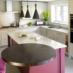 Kitchen renovation - The Coolest Circular Kitchens A round – Kitchen renovation Kitchen Cabinets Decor, Kitchen Cabinet Design, Kitchen Countertops, Kitchen Designs, Kitchen Ideas, Shaker Style Kitchens, Shaker Kitchen, Home Kitchens, Style Shaker