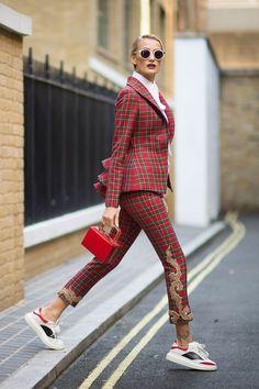 The 105 Best Street Style Pics From London Fashion Week - Cosmopolitan.com #streetstylefashion,