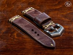 Handmade Vintage Chocolate brown Italian leather watch strap 20 22 24 26 mm Made in Italy Handmade Vintage Chocolate brown Italian leather watch strap 20 22 24 26 mm Made in Italy Watch Straps, Watch Belt, Diy Leather Craft Tools, Mens Watches Leather, Wooden Watch, Leather Watch Bands, Seiko Watches, Cow Leather, Vintage Watches