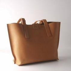 a47f3f25742 11 beste afbeeldingen van Bags - A4, Beautiful clothes en Cool outfits