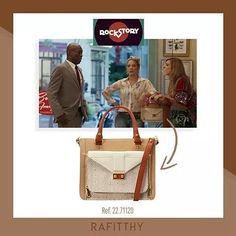 Bolsas Rafitthy na novela. ���� Sensacional. ✔ Whatsapp: (31) 98911.8724 - Camila ☎ ✔ Marque seu horário. �� ✔Atendo a domicílio e empresas. �� ✔Aceito cartões de crédito. ��  #pegadarosa #Rafitthy #bolsas #bolsasfemininas #bolsainspired #bolsachic #original #carteiras #mochilas #bags #produtosoriginais #prontaentrega #lojavirtual #feminina #acessórios #moda #fashion #mulher #vaidosa #blackfriday #blackweeek #promoção #outonoinverno2017…