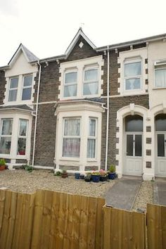 2 bed flat to rent in Cowbridge Road East, Canton, Cardiff