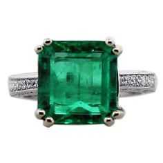 Beautiful Emerald and Diamond Ring   1stdibs.com
