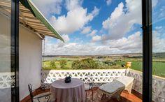 Terraza y vista desde una habitación. Hacienda El Santiscal en Arcos de la Frontera