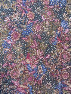Handrawn n vintage batik from Indonesia Textile Printing, Indonesian Art, Batik Art, Ikat, Hand Weaving, Textiles, Places, Creative, Fabric