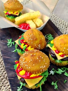Make Hamburger Cupcakes with @Cristina Ferrare