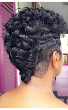 Nice look from back/side Sassy Hair, Curly Hair Cuts, Short Hair Cuts, Short Hair Styles, Mohawk Styles, Curly Pixie, Short Hair Mohawk, Natural Hair Mohawk, Natural Hair Styles