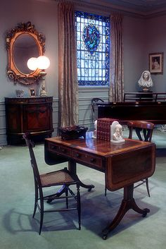 Elizabeth Barrett Browning's writing table...