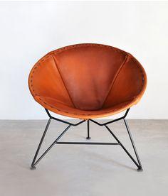 Round Leather Garza Marfa Chair