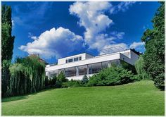 Tugendhat Villa by Mies van der Rohe fully restored... (http://www.tugendhat.eu/en/)