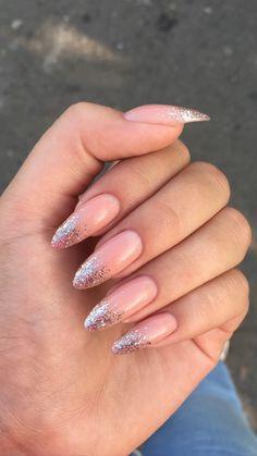 glitter nails designs, glitter nails ombre, glitter nails acrylic, pink and silver glitter nails - Carpets Mag Silver Glitter Nails, Sparkle Nails, Pink Nails, Nude Nails, My Nails, Nails With Glitter Tips, Coffin Nails, Gold Tip Nails, Elegant Nails