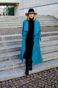 Turquoise Coat for Autumn - Divatmalom Ootd, Cold Day, Mantel, Duster Coat, Turquoise, Autumn, My Style, Fashion Tips, Cold