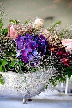 .. Floral Wreath, Wreaths, Flowers, Plants, Ideas, Home Decor, Floral Crown, Decoration Home, Door Wreaths