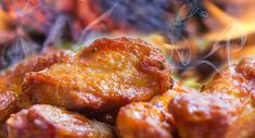 10 Healthy Chicken Wing Recipes - Whether its for a quick appetizer, a fun dinner, or as a party food for the big game, chicken wings almost are always on the menu. To kick wings up a notch, it's all about the marinades and sauces. Whether you like to slow cook and baste your birds with sauce, or marinate and grill them, the recipes below are sure to please.