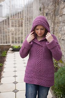 Renanaree | crochet pattern for a pullover sweater with hood, pattern by Aoibhe Ni
