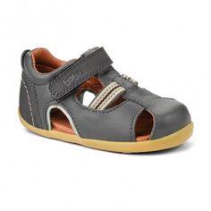 intrepid sandal charcoal